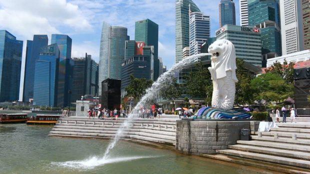 Tượng Merlion biểu tượng của Singapore