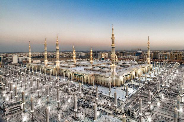 Nhà thờ Hồi giáo Al Masjid Al Nabawi lộng lẫy, nguy nga
