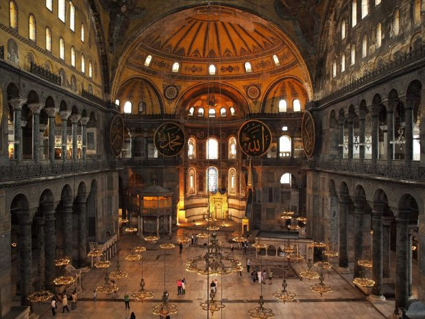 Bảo tàng Hagia Sophia có thiết kế hoa văn tinh xảo
