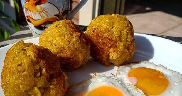Bolon de verde- món ăn tuyệt nhất ở Ecuador