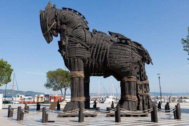 Thích thú trước truyền thuyết ngựa gỗ thành Troy ở Thổ Nhĩ Kỳ
