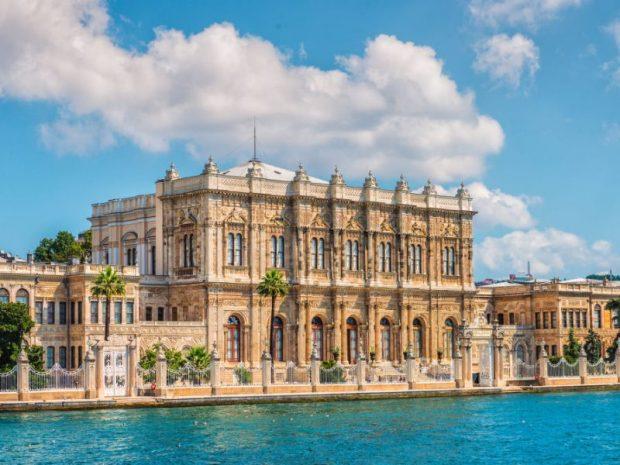 Vẻ đẹp nguy nga của Cung điện Dolmahbace